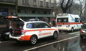 Automedica ambulanza viale Italia