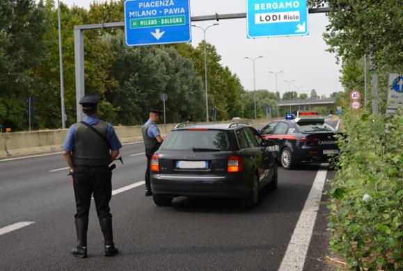 Carabinieri-posto-blocco-tangenziale