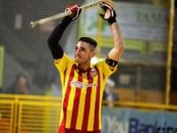 Domenico Illuzzi, illustre assente in questa gara 5 sembra voler dare la carica ai suoi compagni e al pubblico giallorosso.