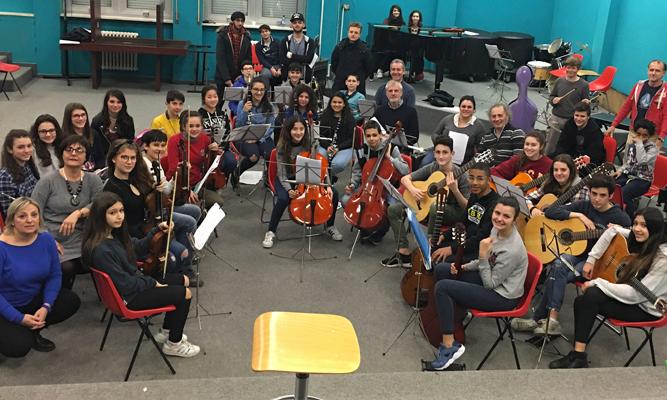 La-sedia-vuota-(orchestra-studenti)