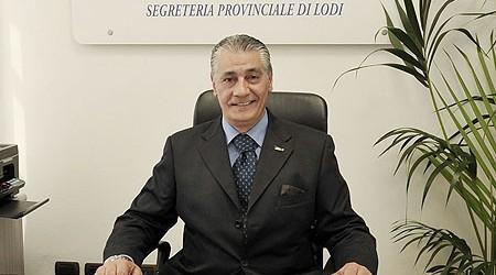 Lodi: inaugurata la sede Siulp il segretario,Vincenzo Grimaldi, una lunga esperienza in polizia, in special modo alla cura e spalla di personalitˆ importanti passate per il lodigiano con le autoritˆ lodigiane e i vertici siulp regionali e nazionali