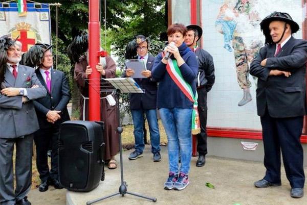 L'intervento del sindaco Sara Casanova (foto Vanelli)