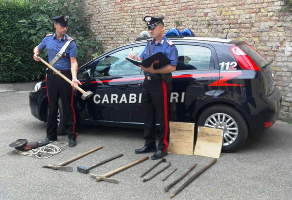 carabinieri-arnesi-scasso