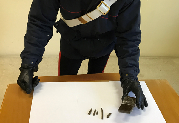 carabinieri-hashish-sant-angelo-lodigiano
