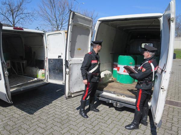 lubrificante-rubato-carabinieri