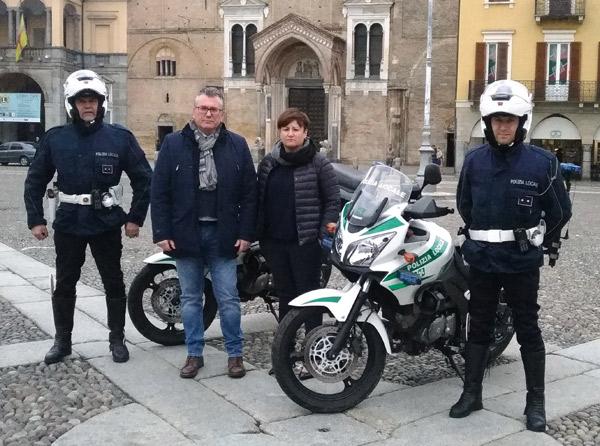 polizia-locale-moto-sara-casanova
