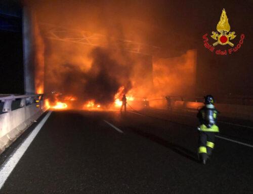 San Zenone. Una barriera di fuoco lungo la A1 per l'assalto al portavalori
